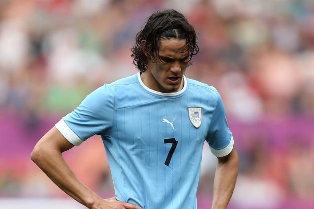 Cavani Goal Gives Uruguay Much Needed Win in Venezuela