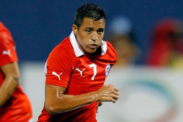 Sanchez Scores on Pizarro Return as Chile Beat Bolivia 3-1