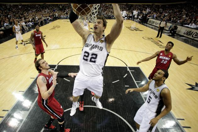 Spurs Fans Put Heat Fans on Notice at Game 3's End with Familiar Chant