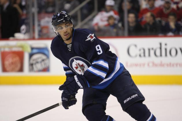 Jets' Kane Sidelined 4-6 Weeks by Surgery on Foot