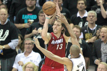 Report: Miami Heat Considering Mike Miller In Starting Five For Game 4 of Finals