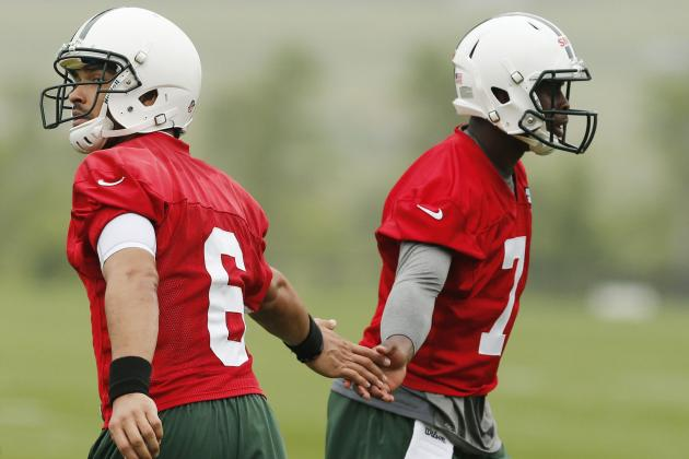 Weighing the Pros and Cons of Mark Sanchez and Geno Smith