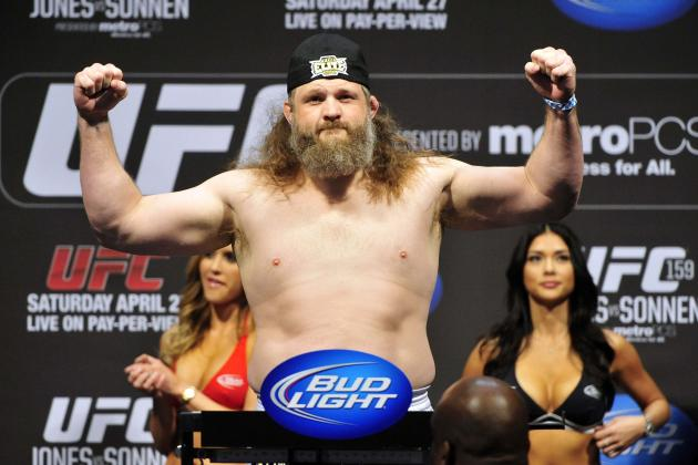 Roy Nelson: Daniel Cormier Pulled an 'Uncle Tom Move'