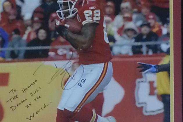 Dwayne Bowe's Gift to Dentistry