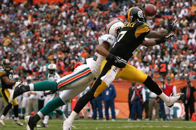 Did Mike Wallace Jilt the Vikings for Less Money with the Dolphins?