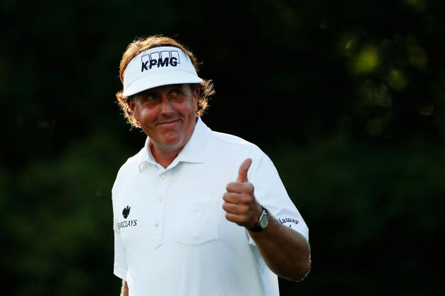 Phil Mickelson Is Inches Away from Running Away with the 2013 US Open