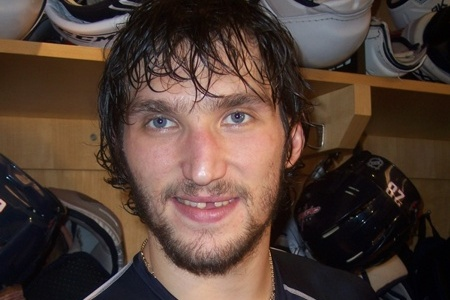 Alex Ovechkin Says Fractured Foot Is Healing Well