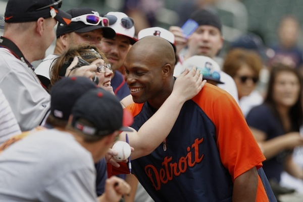 Detroit Tigers' Torii Hunter Hits 300th Home Run
