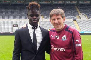 Newcastle Sign Young Midfielder