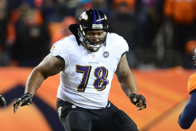 McKinnie Out to Be Best Left Tackle in the NFL