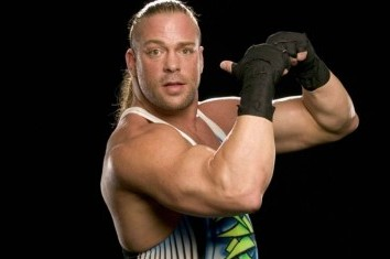 Stars React to Rob Van Dam Returning to WWE