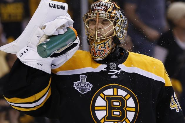 Tuukka Rask Shuts out Chicago Despite