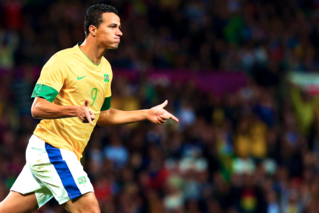 Roberto Soldado or Leandro Damiao: Which Striker Would Be Better for Spurs?