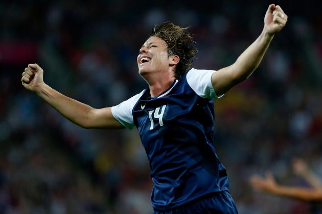 B/R Talks With USWNT Star Abby Wambach About Breaking Mia Hamm's Scoring Record