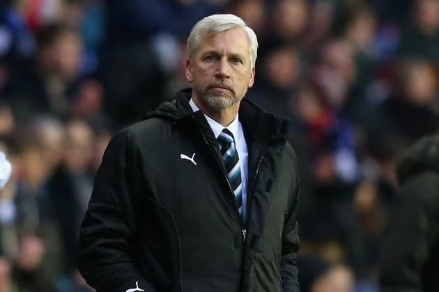 Newcastle United Manager Alan Pardew Gets Backing from Former Bosses