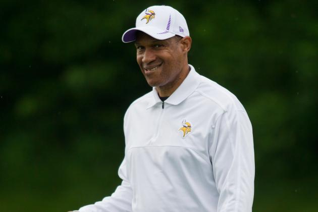 Leslie Frazier: Adrian Peterson's 2,000 Yards Not Vital