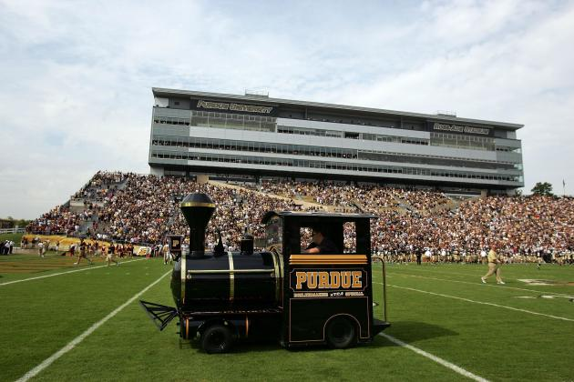Purdue Football Learning the 3 R's