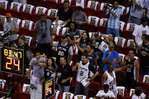 Twins Affiliate Offers Ticket Deal to Fair-Weather Miami Heat Fans