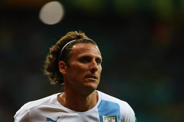 Diego Forlan's Goal Against Nigeria Shows He Is Still a Key Player for Uruguay