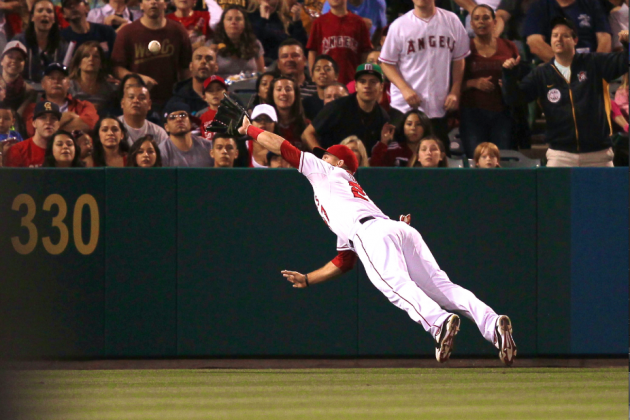 Angels' Mike Trout Trending on Twitter Again After Another Spectacular Catch
