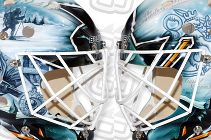 Antti Niemi Pays Tribute to Finnish War Vets on New Mask