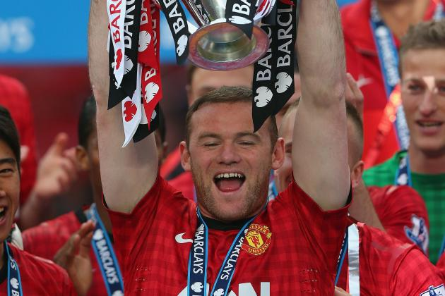 Wayne Rooney on the Brink of Staying at Manchester United?