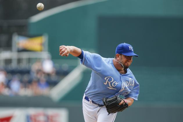 Royals Rally Past White Sox to Avoid Sweep
