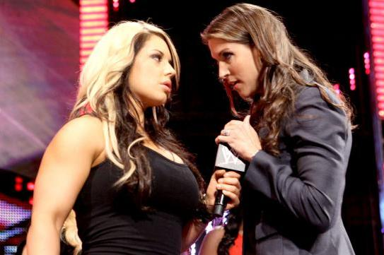 Stephanie McMahon Is in Danger of Burying the Entire Divas Division
