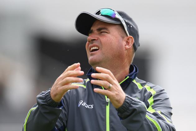 Australia Sack Coach Mickey Arthur