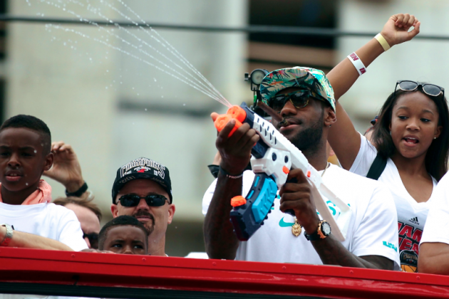 Miami Heat Parade 2013: Twitter Reacts to NBA Championship Victory Celebration