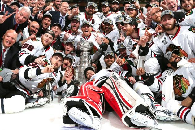 Chicago Blackhawks' Last-Minute Heroics Put Exclamation Point on Historic Season