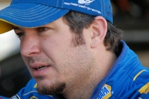 FYI WIRZ: NASCAR Point Lead Shrinks, Drivers Return to Left Turns in Kentucky