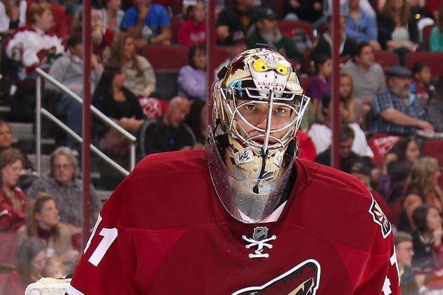 Coyotes GM Is 'Comfortable' with Smith Contract Talks