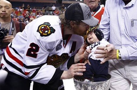 Duncan Keith Celebrated Blackhawks Title by Sticking His Baby in the Stanley Cup