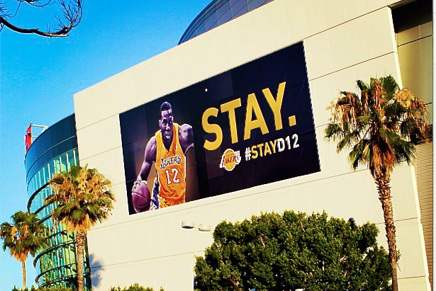 Lakers Put Up Sign At Staples Center Asking Dwight Howard To Stay