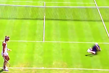 Wimbledon Ball Boy Takes a Dive