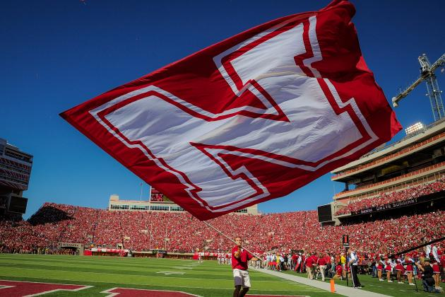 Nebraska Football Organizes Road Race to Benefit Brain Cancer Research