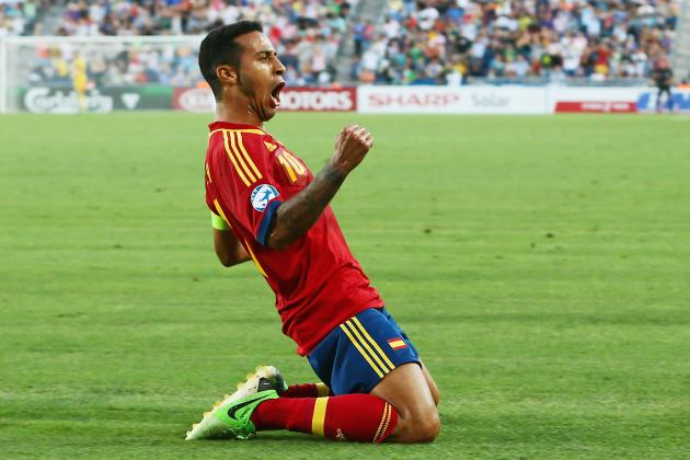 Thiago Alcantara Would Complete Manchester United's Attack