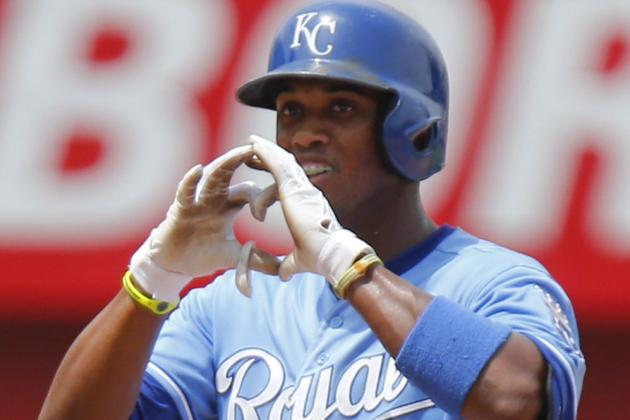 Alcides Escobar Glad to Be Batting Second Again for Royals
