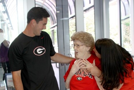 Georgia's Aaron Murray Surprises 96-year-old Fan With Tour of Bulldog Facilities