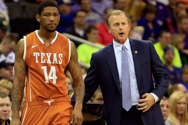 Former Texas Guard Julien Lewis Transferring to Fresno State
