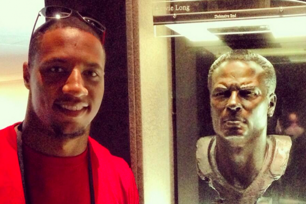 49ers Rookies Visit Pro Football Hall of Fame