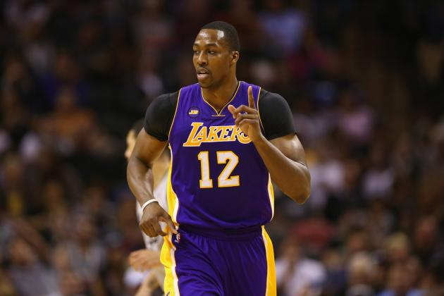 Kobe Bryant Plays Hard to Get with Dwight Howard at Start of NBA Free Agency