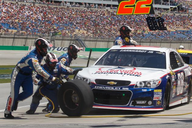 Jr. Suffers Bad Break When He Hits Tire Debris at Kentucky