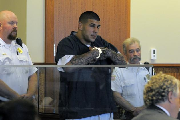 Report: Aaron Hernandez Moved to Solitary Confinement