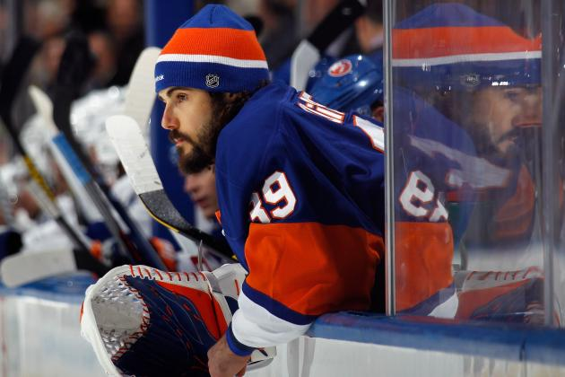 Report: Islanders to Buy out Rick DiPietro