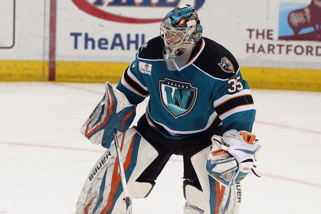 Sharks Re-Sign Goaltender Harri Sateri