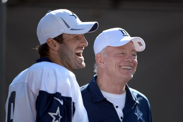 What People Are Saying on Twitter About the Dallas Cowboys' Offseason