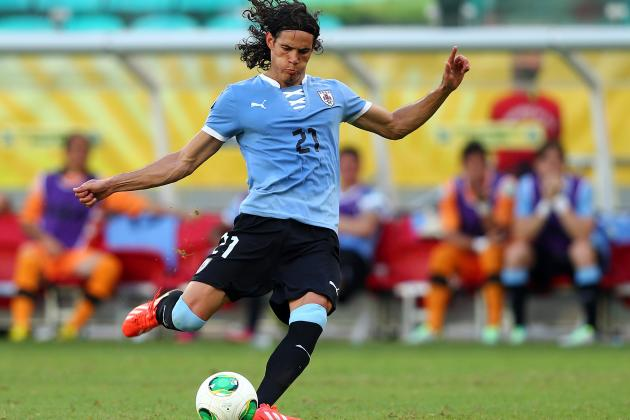 Edinson Cavani's Steep Price Tag Makes Him Risky Potential Acquisition