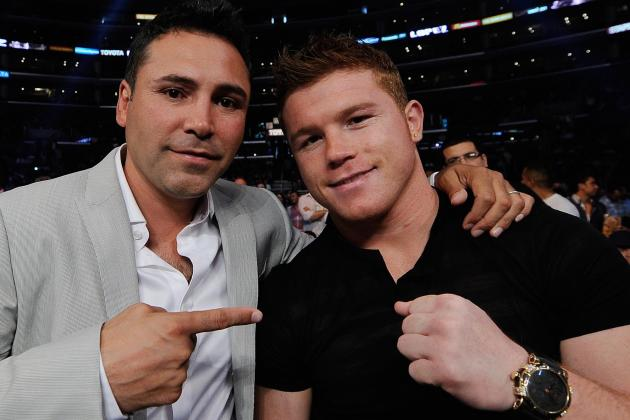 De La Hoya: Canelo Is on His Way to Becoming Great